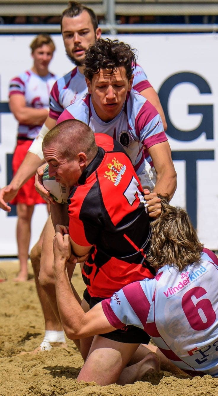 BEACH RUGBY PLAYER TACKLED BEACH RUGBY THE HAGUE